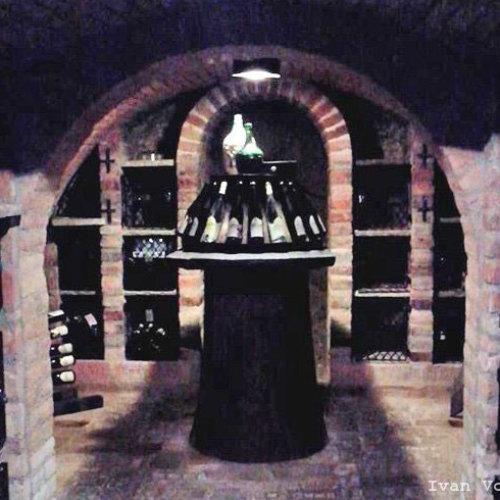 Валтицкие винные погреба