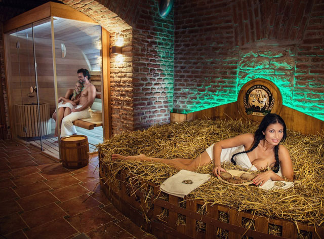 фото голих дівчат в бані