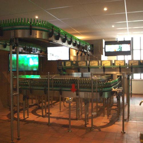 Линия разлива пива в музее Старопрамен